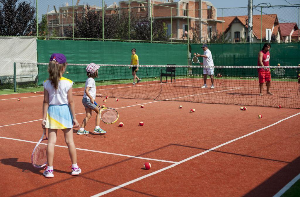 Antrenament tenis copii